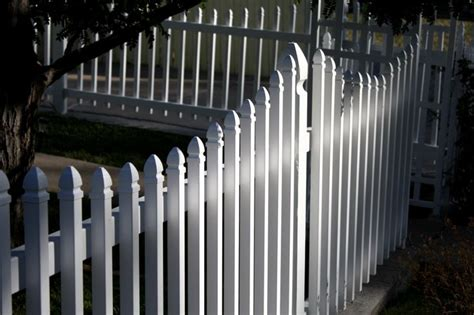 What Does Trellis Mean White Picket Fence To Go Around My Swimming Pool Home