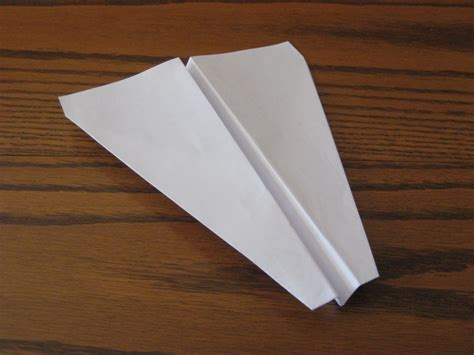 How To Make Paper Airplane Gliders - how to make a paper airplane dart glider