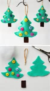 Felt christmas tree ornament click for 25 diy christmas crafts for