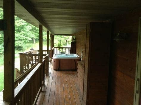 Cabins With Tubs In Ohio by Tub Picture Of Ohio River Cabins Derby Tripadvisor