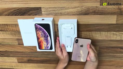 iphone xs max with nfc background reading