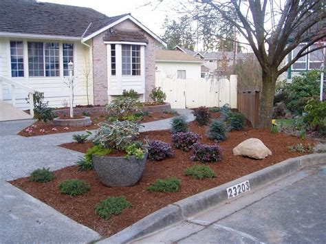 No Grass Landscaping Ideas Best 25 No Grass Landscaping Ideas On Pinterest No Grass Backyard No Grass Yard And Gravel Path