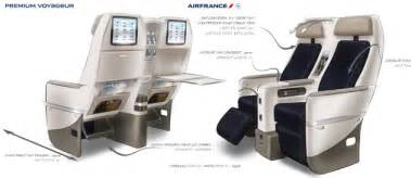 como 233 voar na premium economy da air boeing 777