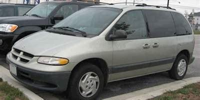 2000 dodge caravan base passenger minivan 2.4l auto