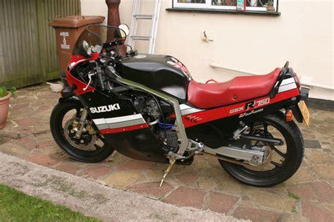Suzuki Gsxr 750 F The Suzuki 1985 Gsxr 750 F Restoration Project