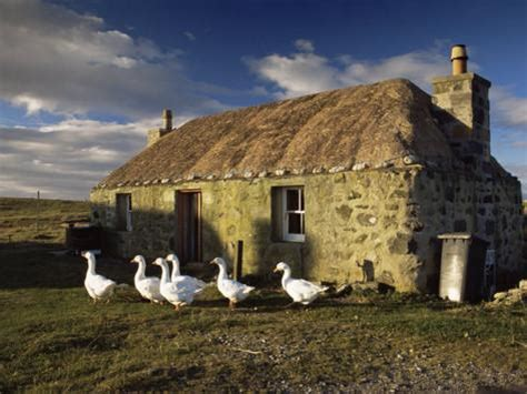 thatched house howmore south uist outer hebrides