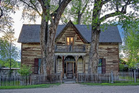 montana house rustic homes where you hang your hat pinterest rustic