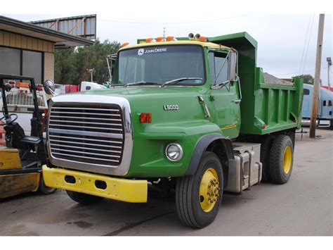 ford l9000 dump truck for sale ford l9000 dump trucks for sale 73 used trucks from 200