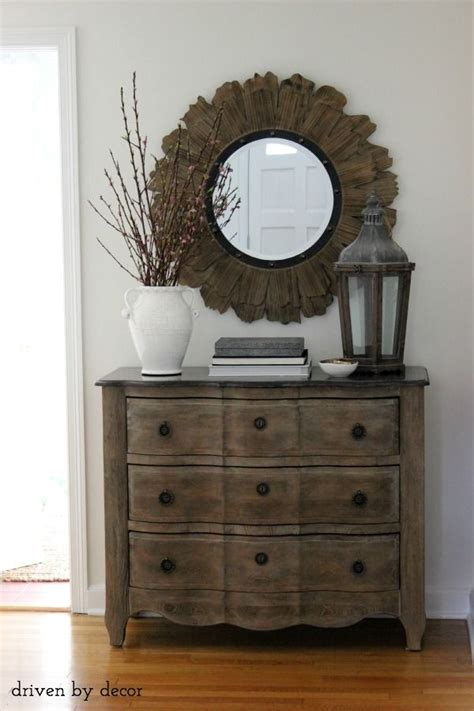Small Entryway Chest 25 Best Ideas About Foyer Decorating On Foyer