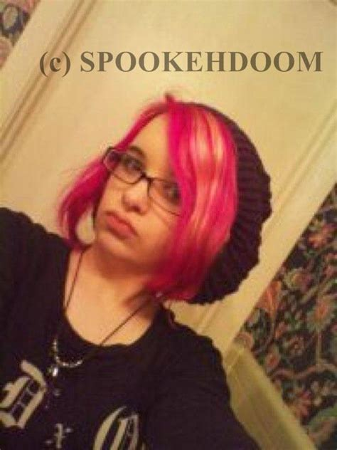 Slightly Punky And 90s Inspired By Magenta by Spookehdoom Review Jerome Punky Colours Semi