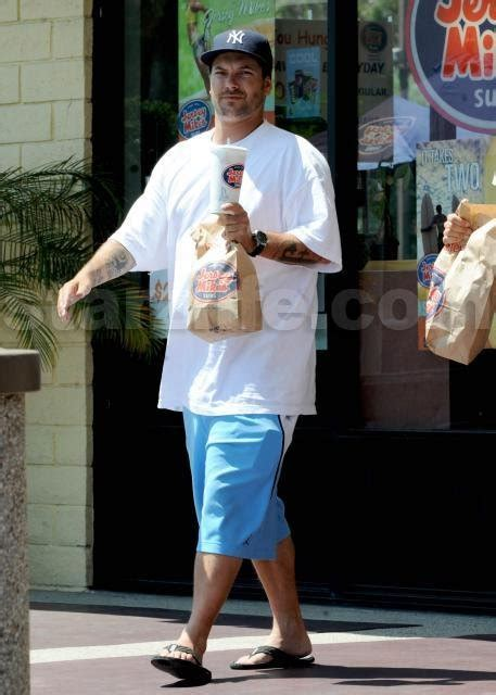 Lepaparazzi News Update Lindsay Lohan Dating Federline Lepaparazzi by Exclusive Kevin Quot Fast Food Quot Federline Starzlife