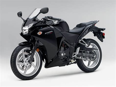 latest honda cbr bikes wallpapers honda cbr 250r bike wallpapers