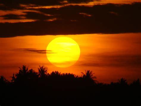 Gantungan Matahari 3 Susun Putih 1 image gallery matahari