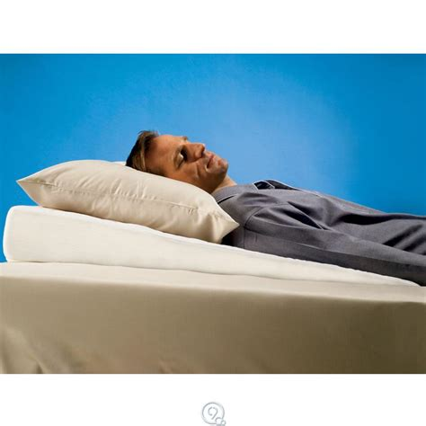 angled bed pillow hammacher schlemmer sleep improving pillow wedge subtle