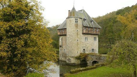 small castle carondelet belgium this small castle it s basically just a keep with a moat was