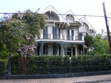 bullock s beautiful house in the garden district
