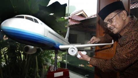 biografi singkat bj habibie biografi bj habibie quot bapak teknologi dan demokrasi indonesia quot