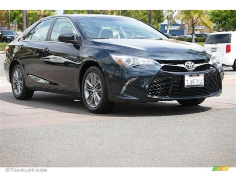 2015 camry colors 2015 cosmic gray mica toyota camry se 107183186