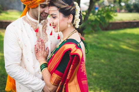 Maharashtrian Wedding Album Design by Pranjali And Ameya Maharashtrian Wedding Khandala