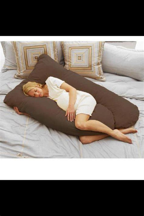 Are Pregnancy Pillows Worth It by Prego Pillow Omg I Want It Pregnancy