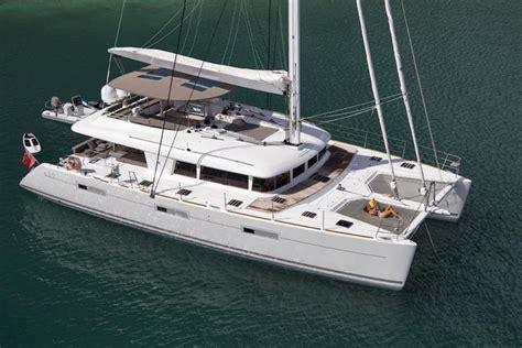 catamaran around bvi crewed catamaran sail away lagoon 620 5 cabins bvi