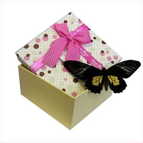 crafts for gifts 21 recycling paper crafts and fabric butterflies for