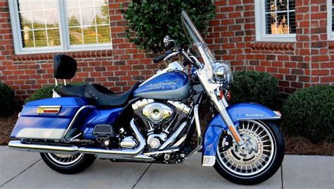 buy 2010 harley davidson road king like new condition on 2040 motos