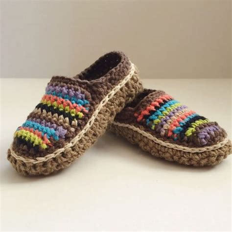 crochet moccasin slippers crochet moccasin slippers free patterns 28 images