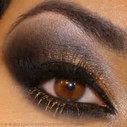 Eye Lighting Careers Gold Black Eye I Looooove What The Lighting In My