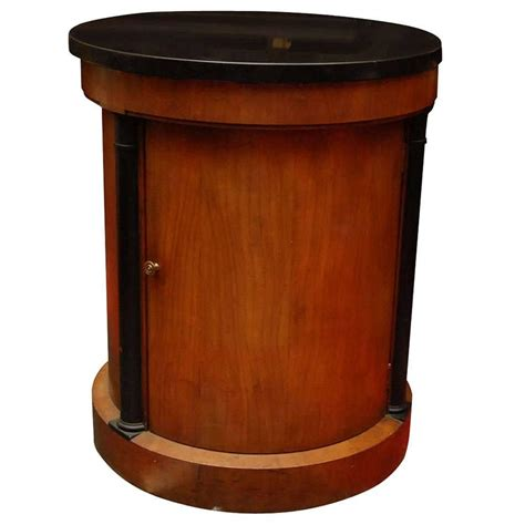round drum accent table classic round drum occasional side table for sale at 1stdibs