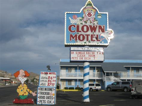 an austin homestead review the clown motel