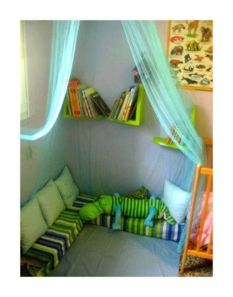 coin lecture chambre enfant le coin lecture d 233 co