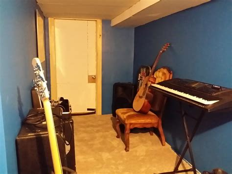 cheap way to soundproof a room soundproof room built on the cheap in a basement soundproofing a home studio