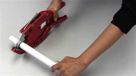 Cutting Plumbing Pipe by How To Use Pvc Pipe Cutters