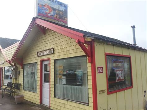 cheap restaurants near lincoln center try the rings review of corner cafe lincoln city