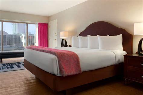 flamingo hotel rooms caesars travel agents gt properties gt las vegas gt flamingo gt rooms caesars entertainment