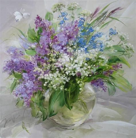 Purple Flower Vase by Purple Flowers In Vase Inspiration Flowers
