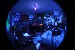 blacklight bedroom photo
