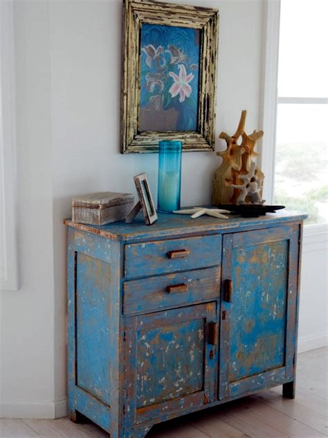 DIY vintage furniture ? 3 Techniques to distressed