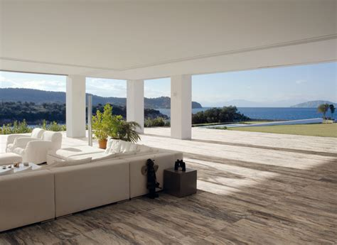 Ceramic & Porcelain Tile ideas   Contemporary   Patio