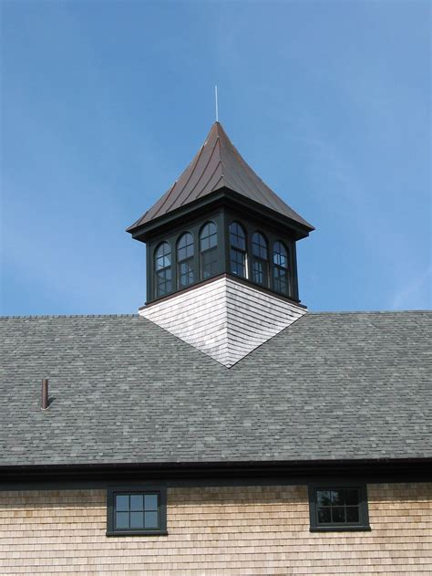 Pictures Of Cupolas by Barn With Cupola Diagonal With Shingle Sweep New