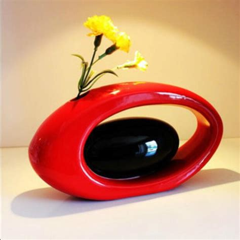 Wholesale Home Decor Online Modern Ceramic Vase For Home Decor Tabletop Vase Egg Shape