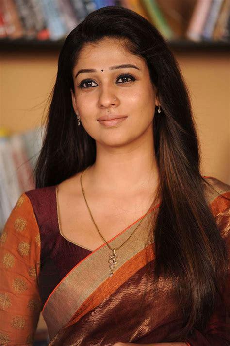 beautiful tamil charming tamil nayanthara beautiful saree photos