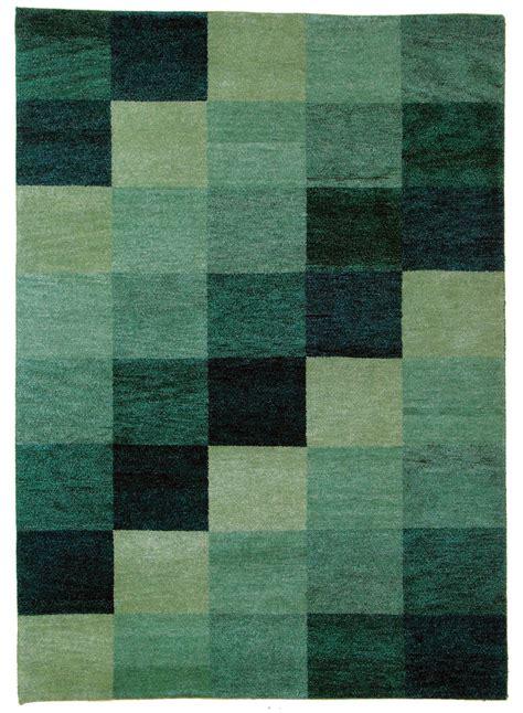tapis baku box vert de la collection unamourdetapis