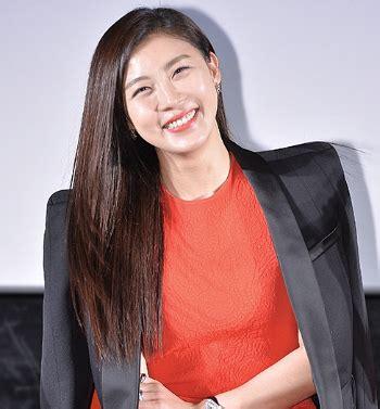 film baru ha ji won ha ji won jadi wanita tercantik di film baru adaptasi