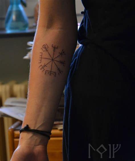 vegvisir tattoo pinterest 29 best vegvisir images on pinterest vikings compass