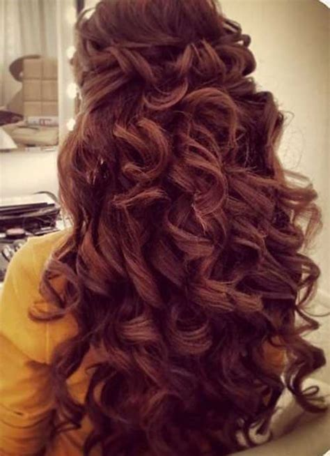 how to do nice hairstyles for curly hair 30 nice hairstyles for curly hair