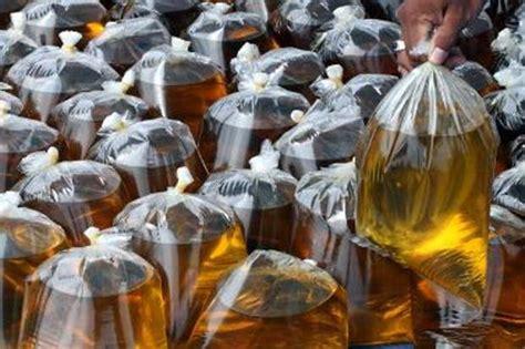 Minyak Goreng Curah pemerintah awasi penjualan minyak goreng curah