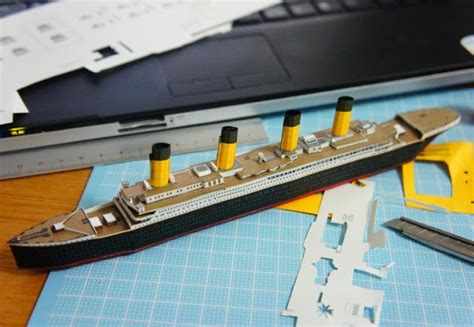 How To Make A Paper Titanic Model - papermau passenger liner rms titanic paper model