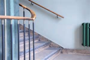 how to install banister on stairs how to install stair railing